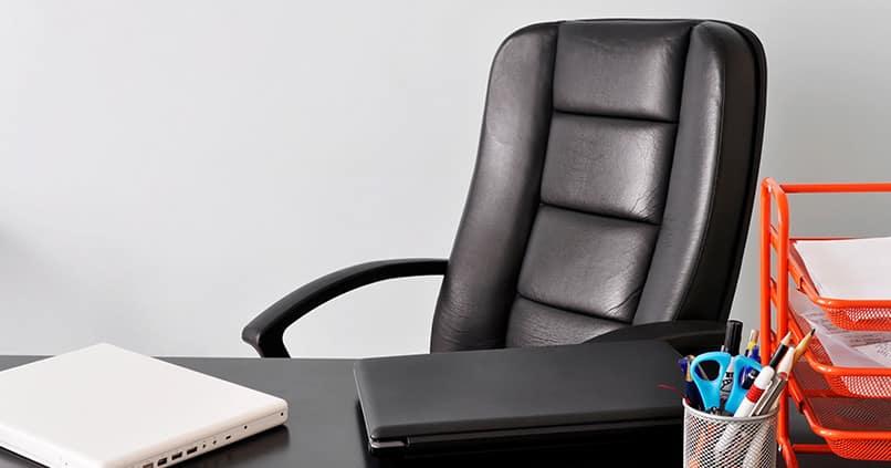 Mit den richtigen Arbeitsstühlen gesund und ergonomisch sitzen