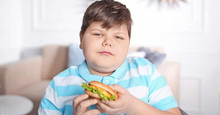 Die großen Probleme übergewichtiger Kinder