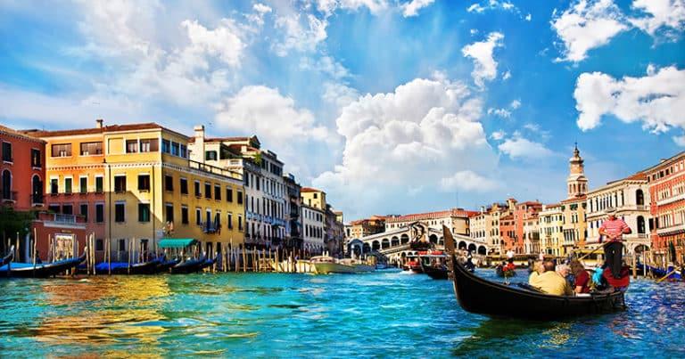 Venedig verlangt Eintritt - wie sich die Stadt gegen Touristenmassen wehrt