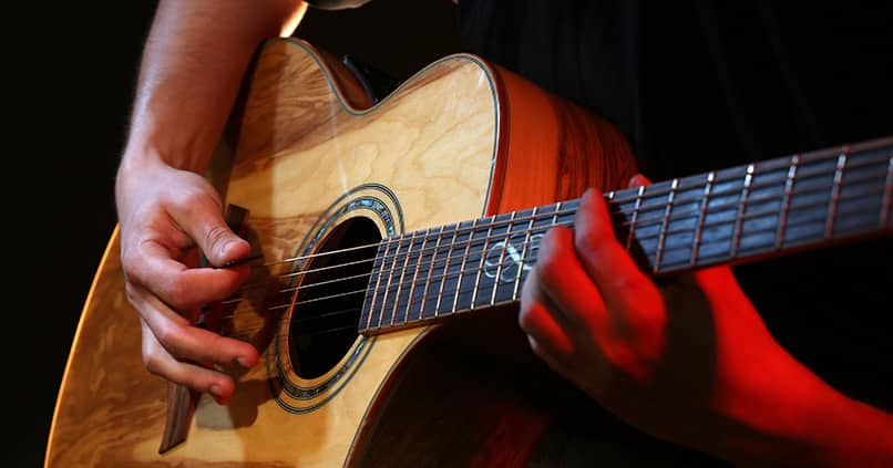 Für Anfänger und Fortgeschrittene - die besten Songs für Gitarre