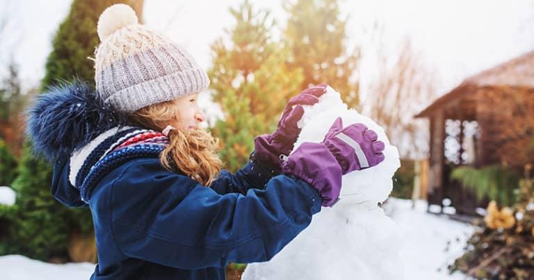 Tolle Aktivitäten für Familien im winterlichen Garten