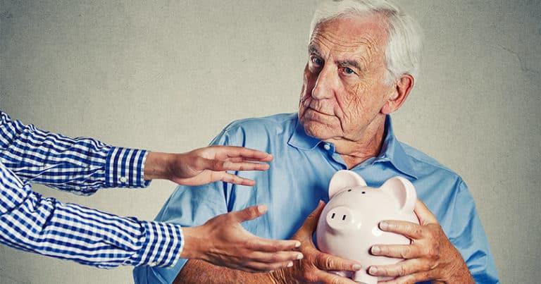 Vorsicht vor Betrugsmaschen - wie Kriminelle Senioren betrügen