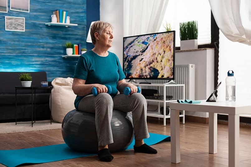 Der Gymnastikball für die Rückengesundheit – ideal für alle, die viel sitzen