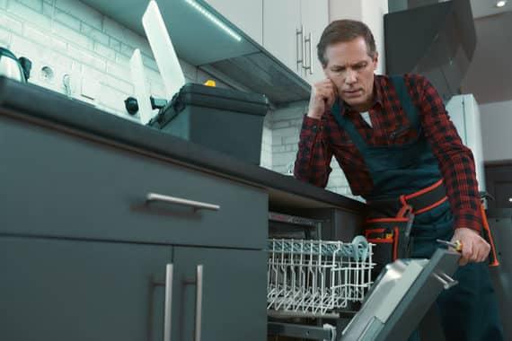 Spülmaschine reparieren oder ein neues Gerät kaufen?